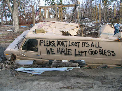 Please do not loot written on side of van, Biloxi, Mississippi area, photograph copyright Lorelle VanFossen