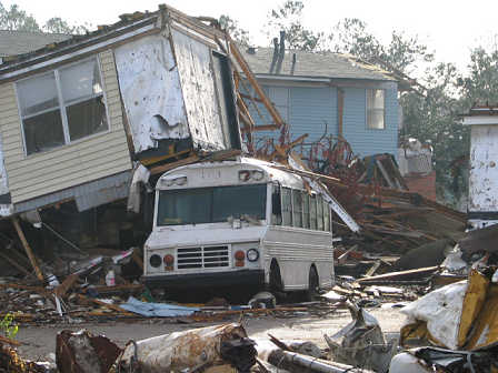 Home sits on top of a van near Ocean Springs, Mississippi, photograph copyright Lorelle VanFossen