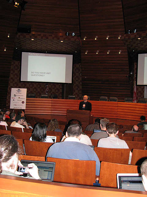 Aaron Brazell talks about SEO and the business of blogging at WordCamp Dallas