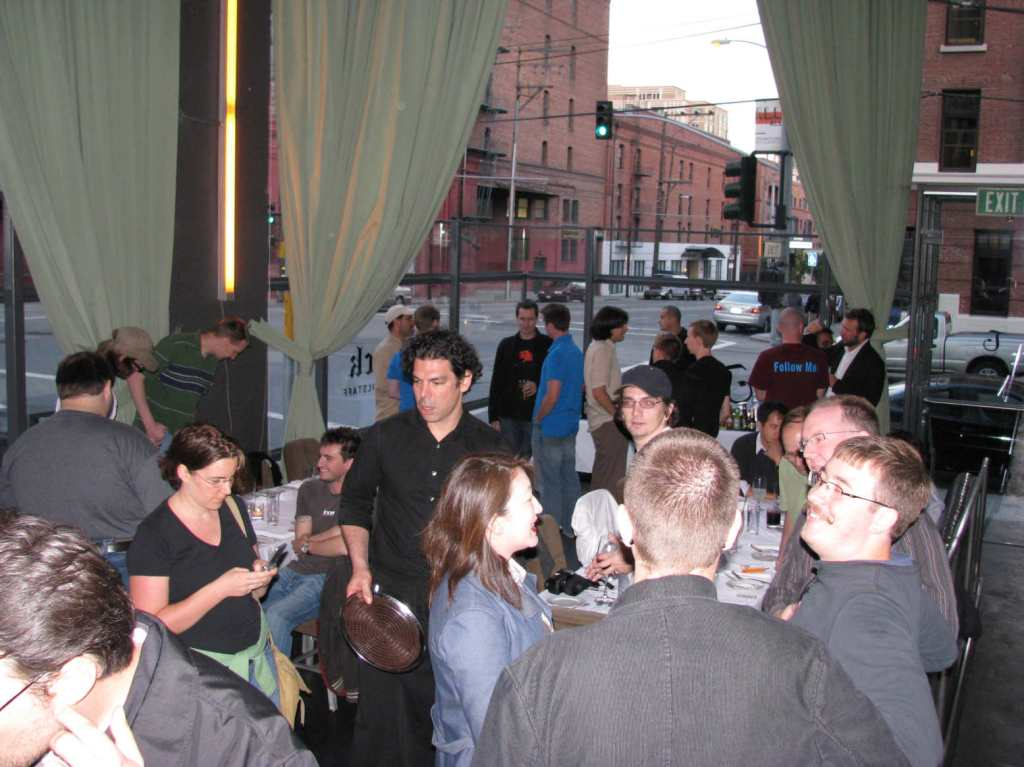 WordCamp 2008 -photos by Lorelle VanFossen - speaker dinner