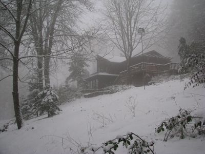 VanFossen home in snow