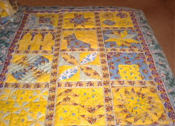 Yellow quilt for Kristin made by Lorelle
