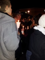 clackamas mall vigil - photographs by Lorelle VanFossen (13)