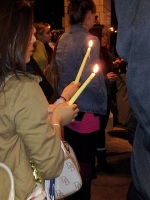 clackamas mall vigil - photographs by Lorelle VanFossen (25)