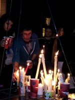clackamas mall vigil - photographs by Lorelle VanFossen (9)