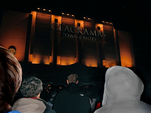 Clackamas Mall Vigil - photography by Duke DesRochers.