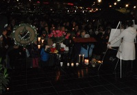 Clackamas mall vigil - photography by Duke DesRochers (40)