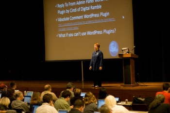 Lorelle presenting at WordCamp San Francisco.